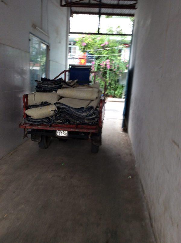 Bán thảm lót sàn cũ