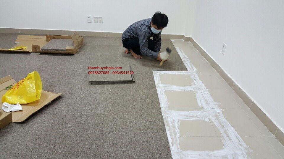 thi công thảm gạch