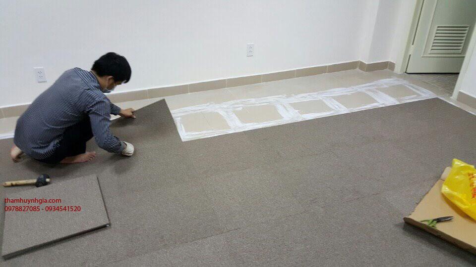 lắp đặt thảm gạch