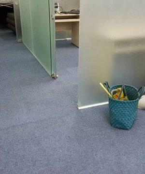 Thi công thảm trải sàn đã sử dụng
