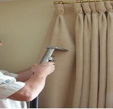vệ sinh màn vải